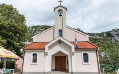 A Igreja de Jesus Misericordioso em Šurmanci